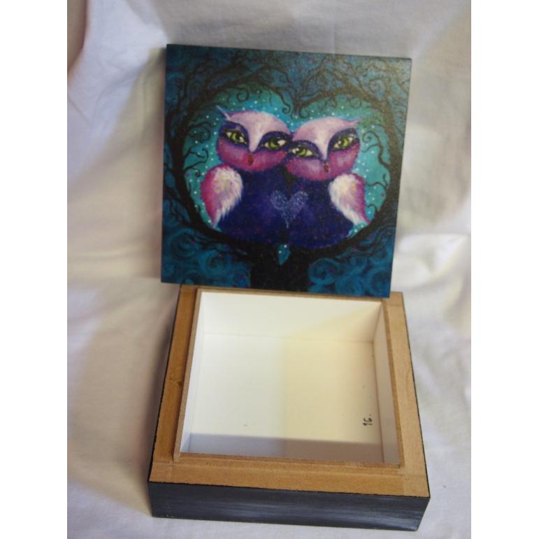 Krabička malovana sovičky