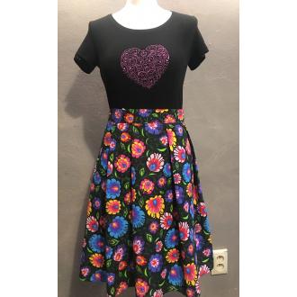Dámske tričko Folk art (čierne s fialovým ornamentom)