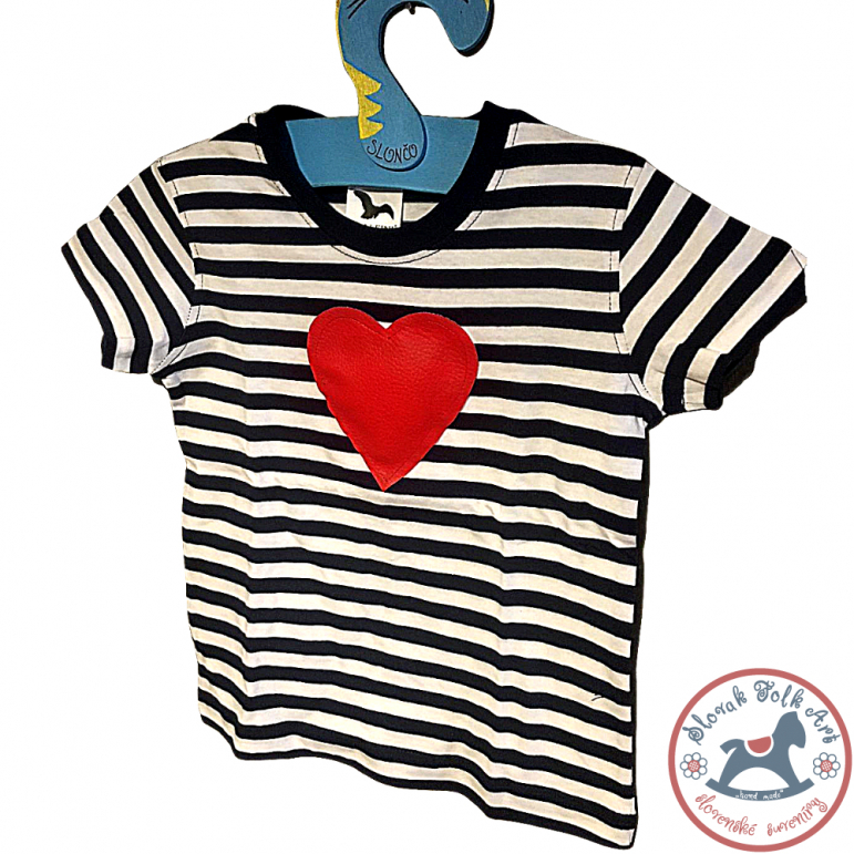 Children's whistling T-shirt (striped with heart)
