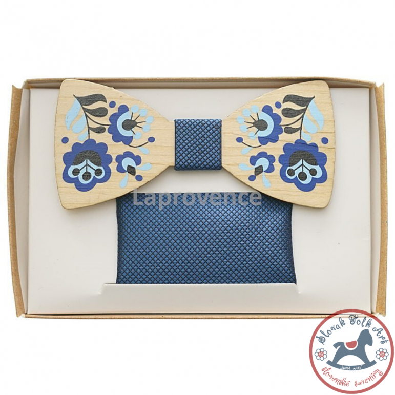 Wooden bow tie Blue Flowers