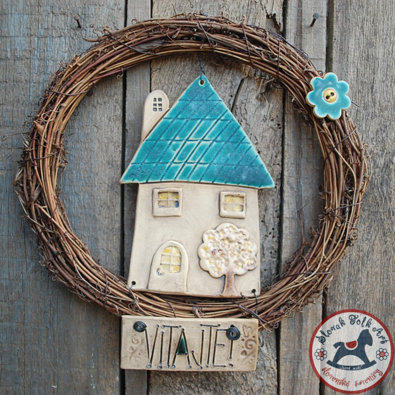 House in the wreath blue