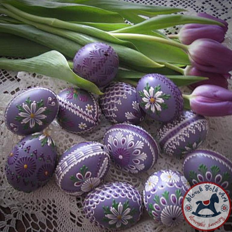 Waxy Easter egg (purple)